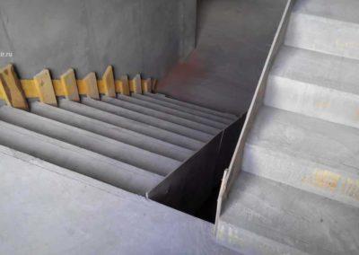 П-образная бетонная лестница, Полевской